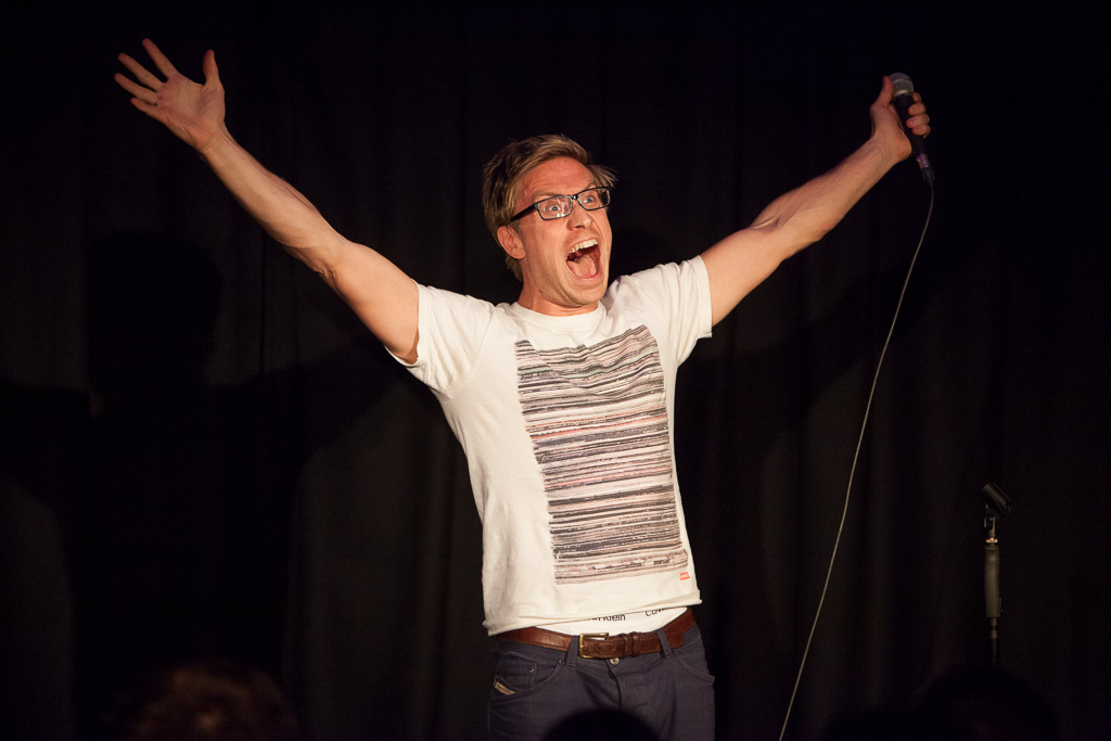 Comedian Russell Howard performs new material at a tiny charity gig.